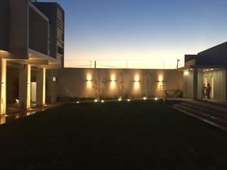DEPARTAMENTOS G Casas modernas de arquifika Moderno