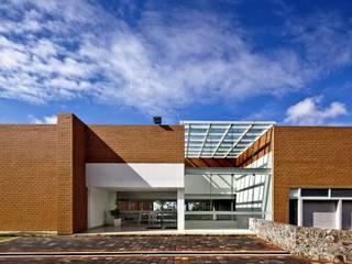 Biblioteca Central Estudios y despachos modernos de REC Arquitectura Moderno