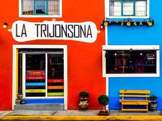 Taquería La Trijonsona:  de estilo  por Esse Studio