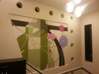 DOCTORS RESIDENCE Minimalist corridor, hallway & stairs by YOJNA ARCHITECTS Minimalist