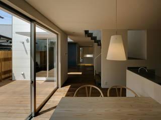 イシウエヨシヒロ建築設計事務所 YIA 의 현대 , 모던