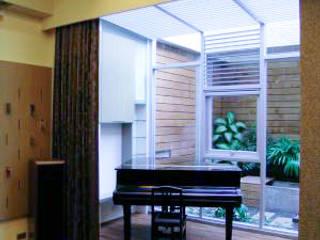 Salas multimídia modernas por 大也設計工程有限公司 Dal DesignGroup Moderno
