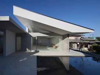 Casas modernas de 森裕建築設計事務所 / Mori Architect Office Moderno