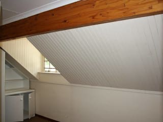 Dormitorios minimalistas de Loftspace Minimalista