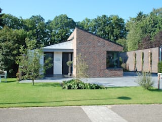 Modern home by In Perspectief architectuur Modern