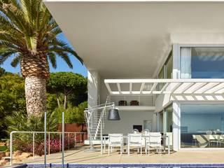 SOLER-MORATO ARQUITECTES SLP Mediterranean style house Sandstone White