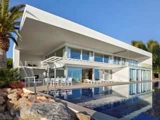 SOLER-MORATO ARQUITECTES SLP Casas de estilo mediterráneo Arenisca Blanco