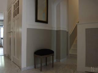 Marmeren Hal Statenkwartier Den Haag:  Gang en hal door Robbert Lagerweij Interior Design