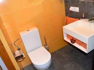 Baños de estilo  por Espai Interior Home Staging
