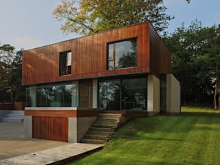 The Glen: modern Houses by Reid Architects