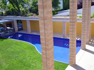 """""""Ca Nostra"""" single family house and swimming pool Mediterranean style house by Tono Vila Architecture & Design Mediterranean"""
