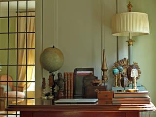 Herenhuis jaren '20 Oegstgeest:  Studeerkamer/kantoor door Robbert Lagerweij Interior Design