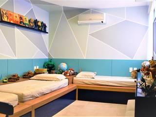 Eduardo Lins & Bárbara França - ARQUITETURA Habitaciones para niños de estilo moderno Tablero DM Azul