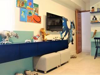 Eduardo Lins & Bárbara França - ARQUITETURA Cuartos infantiles de estilo moderno Tablero DM Azul