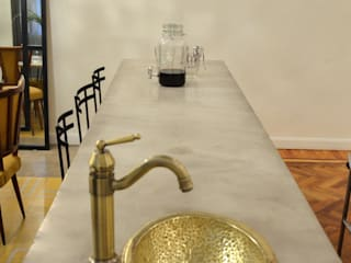 DEPARTAMENTO ARTE DECO: Comedores de estilo clásico por Lucy Attwood Interior Design + Architecture