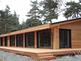 """Flo and Eric"" house: modern and well insulated:  Houses by Namas"