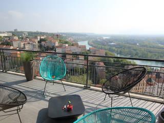 Vue sur Rhône Maisons minimalistes par Atelier OCTA Minimaliste