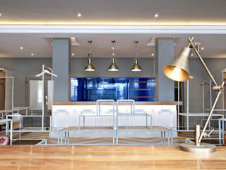 Offices & stores by Etienne Hanekom Interiors, Modern