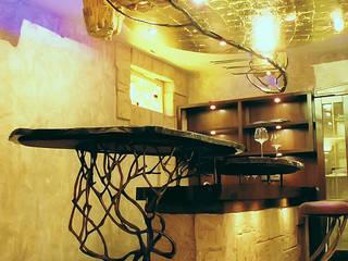 Барная стойка на цокольном этаже частного дома: Винные погребы в . Автор – Строев Михаил