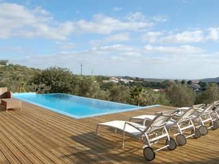Moradia: Casas modernas por Archiultimate, architecture & interior design
