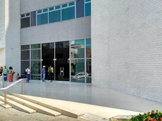 Grupo Moix SAS Modern clinics