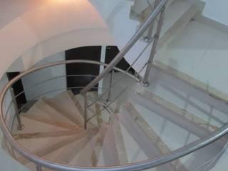 Grupo Moix SAS Modern corridor, hallway & stairs