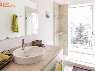 Klasyczna łazienka od Foto Property Klasyczny