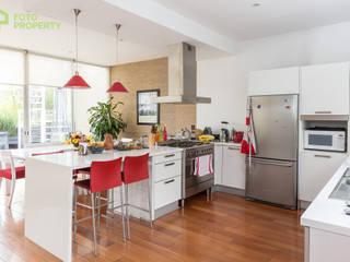 Klasyczna kuchnia od Foto Property Klasyczny