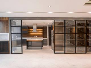 Küche von Sobrado + Ugalde Arquitectos