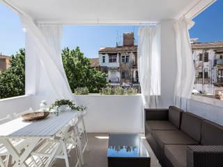 Balcones y terrazas mediterráneos de versea arquitectura Mediterráneo