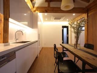クラシックデザインの キッチン の obrick クラシック
