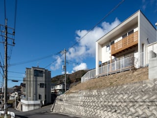 Rumah Modern Oleh 有限会社アルキプラス建築事務所 Modern