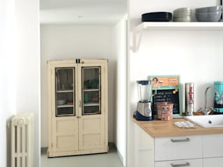 Scandinavian style kitchen by ArchEnjoy Studio Scandinavian
