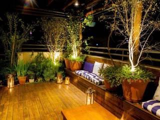 Cobertura S.J. dos Campos Jardins modernos por Felipe Mascarenhas Paisagismo Moderno