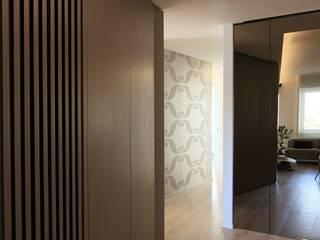 appartamento 52 Ingresso, Corridoio & Scale in stile minimalista di Massimo Viti Architetto studio Architectural Make-Up+ Minimalista