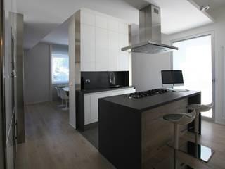 appartamento 52 Cucina minimalista di Massimo Viti Architetto studio Architectural Make-Up+ Minimalista