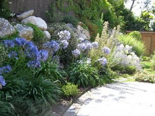 Paisajismo Asturias: Jardines de estilo ecléctico de LandSkapes. Anja Konrad