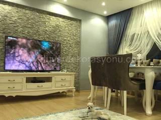 Tv ünitesi arkası doğal taşlarla dekorasyon Tayba Mermer Akdeniz