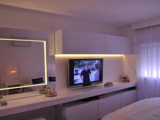 apartamento vila nova conceição: Quartos  por kaleidoscope arquitetura de experiencia,