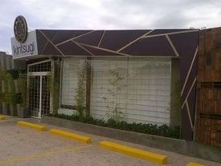 ESTUDIO DE ARQUITECTURA C.A Spazi commerciali in stile eclettico