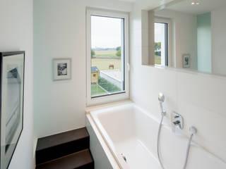 Bathroom by Ferreira | Verfürth Architekten, Modern