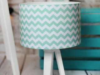 Lampa stołowa mini-trójnóg Zippo Mint: styl , w kategorii  zaprojektowany przez imoLight