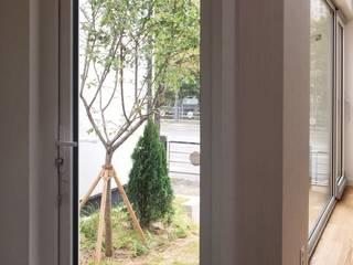 용인 동백주택 #1 미니멀리스트 복도, 현관 & 계단 by 건축사사무소 리임 미니멀