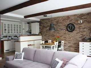 Mieszkanie w Warszawie: styl , w kategorii  zaprojektowany przez Pracownia projektowania wnętrz Beata Lukas