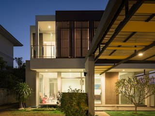Ayutthaya House โดย Archimontage Design Fields Sophisticated
