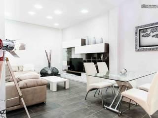 Casa Cochera b2v arquitectura Salones de estilo moderno