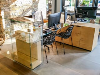 Winkels Volendam: modern  door Kuiper Steur architecten BNA, Modern