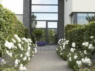 EcoFutural:   por Smartalu Aluminium Solutions,Eclético