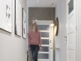 Couloir, entrée, escaliers modernes par GÓRSKI CHMIELEWSKA ARCHITEKCI Moderne