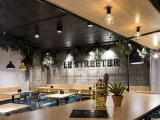 Ortho Estudio Modern bars & clubs